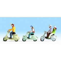 NOCH 15910, Trzy skutery i motocykliści, skala H0