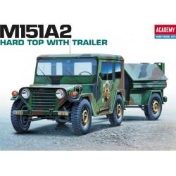 Academy 13012, M151 A2 Hard Top & Anhänger, 1:35