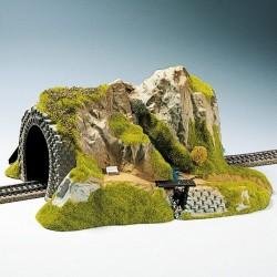 Noch 02200, Góra z tunelem, skala H0