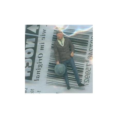 "NOCH 120-004, osoba stojąca, ""Kapelusz"", figurka, skala TT"