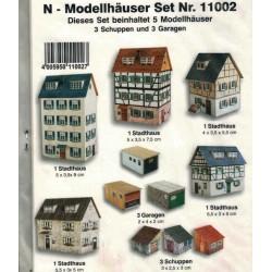 Heki 11002, Pięć budynków +, modele kartonowe, skala N (1:160)