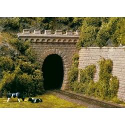 11342 Dwa portale tunelowe