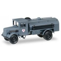 """Herpa 745598, Opel 3000 tank truck of JG 2 """"Richthofen"""", 1:87"""