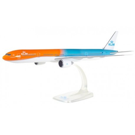 "Herpa 611275, KLM Boeing 777-300ER ""Orange Pride"", 1:200"