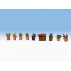 NOCH 14031, Rośliny ozdobne w donicach, kwiaty, 9 szt. Skala H0.