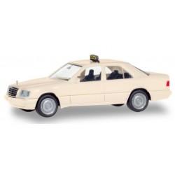 "Herpa 094184, Mercedes-Benz E-Class (W124) ""Taxi"", skala H0."