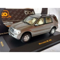 IXO moc034, MERCEDES ML 500, model metalowy, skala 1:43.