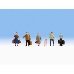 NOCH 47115. Pasażerowie z bagażami, zestaw figurek, skala TT (1:120).