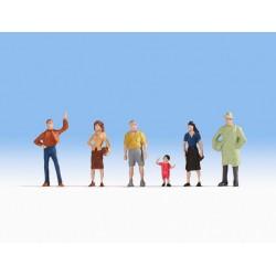 NOCH 47100. Osoby stojące, zestaw figurek, skala TT (1:120).