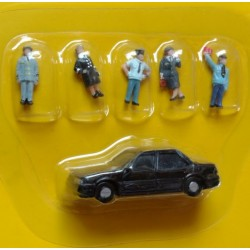 epk 202. Zestaw: figurki - mundurowi, samochód, skala H0.