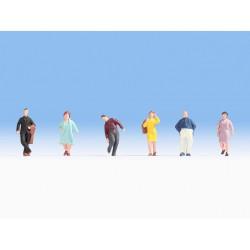 NOCH 18117. Pasażerowie, osoby stojące, zestaw figurek, skala H0.
