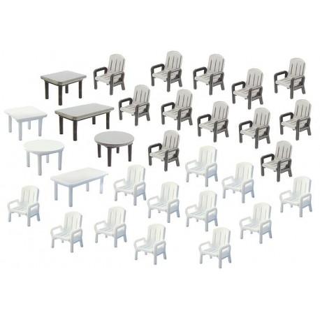 Faller 272441. Stoły i stołki ogrodowe, 30 sztuk, skala N.