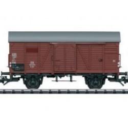 TRIX 25300 - KOMIS. Wagon towarowy kryty G 20, z rozsuwanymi drzwiami, DB, ep.III, skala H0.