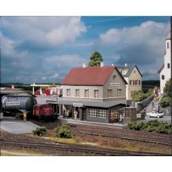 """Piko 61820, Stacja """"Burgstein"""", skala H0."""