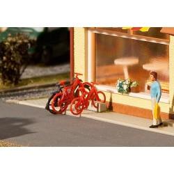 180901 Rowery, zestaw ośmiu rowerów, H0